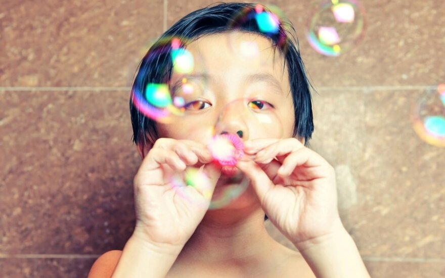 Autistas vaikas - tarsi žuvelė akvariume
