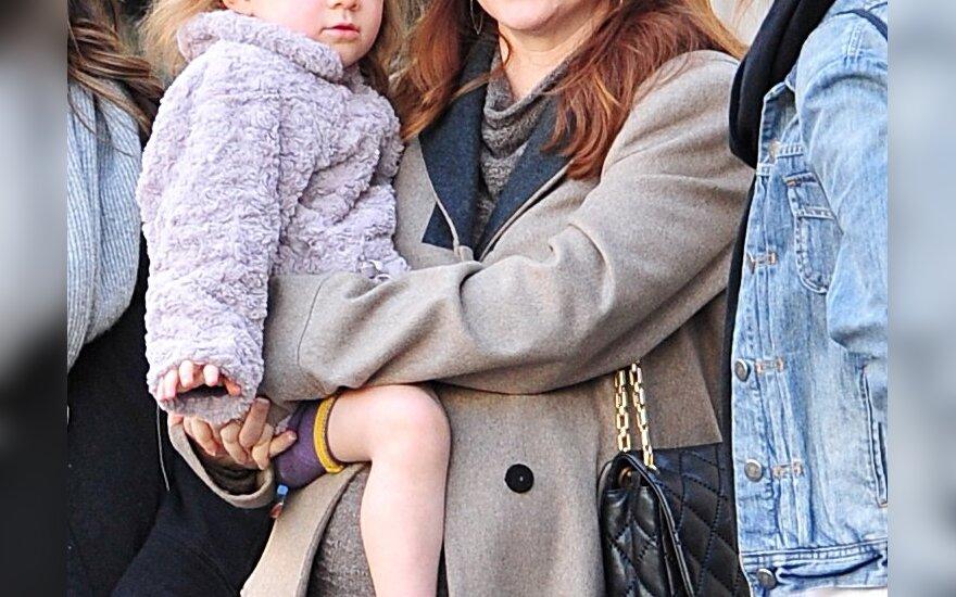 Alyson Hannigan su dukrele