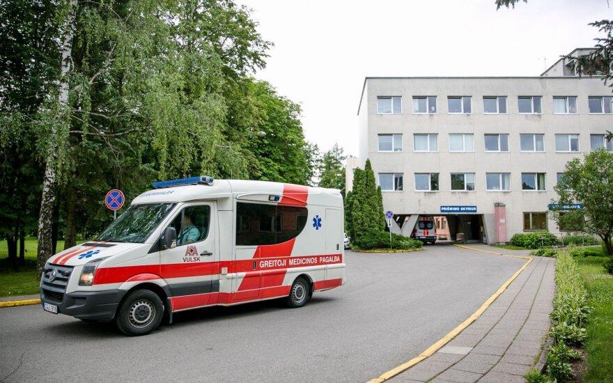 Biuro darbuotoją pribloškė lietuvių reakcija – sustojo padėti tik turistai iš Vokietijos