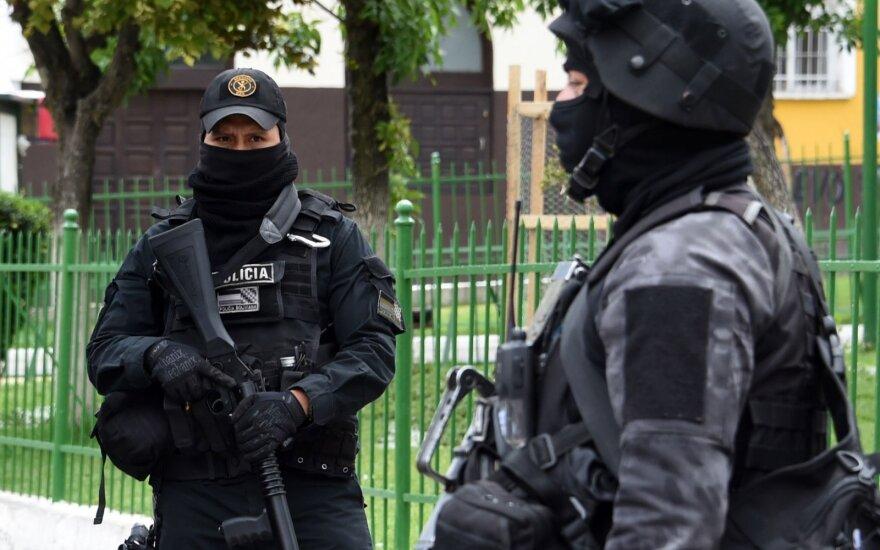 "Meksika išdavė JAV narkotikų barono ""El Chapo"" bendrininką"
