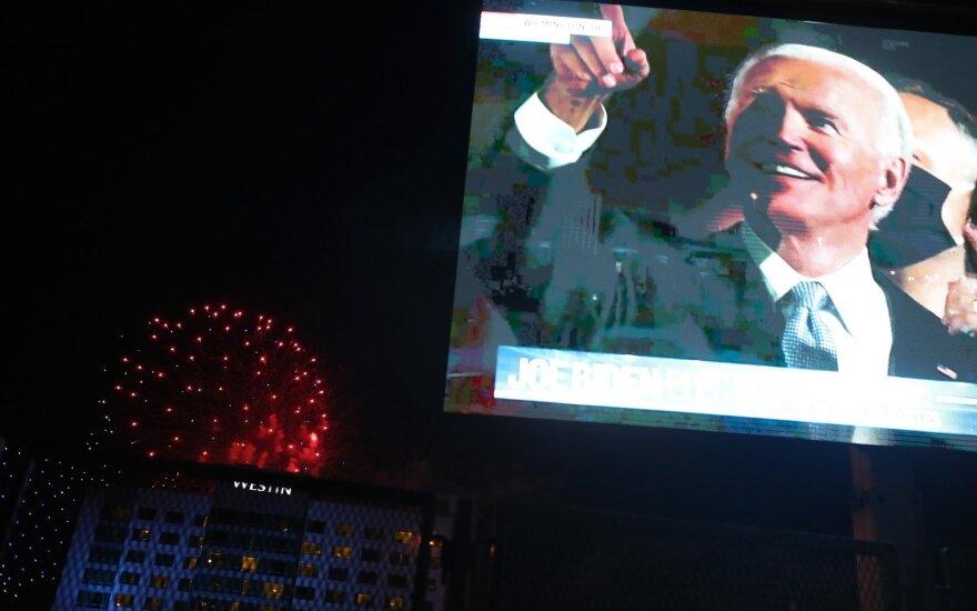 Joe Bidenas kreipėsi į tautą