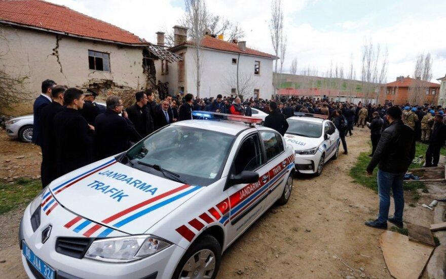 Turkijoje po opozicijos lyderio užpuolimo suimti šeši žmonės