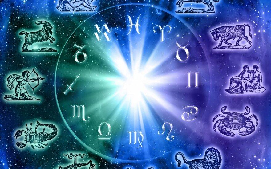 Astrologės Lolitos prognozė rugsėjo 18 d.: minčių, žodžių ir veiksmų vienovės diena