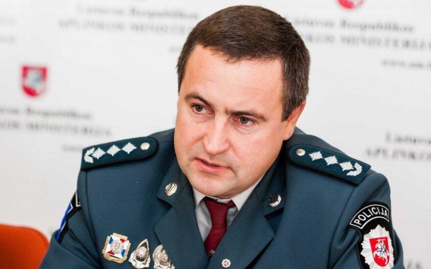 """Policijos generalinio komisaro pavaduotojas Renatas Požėla spaudos konferencijoje, skirtoje akcijai """"Lašiša 2013"""""""