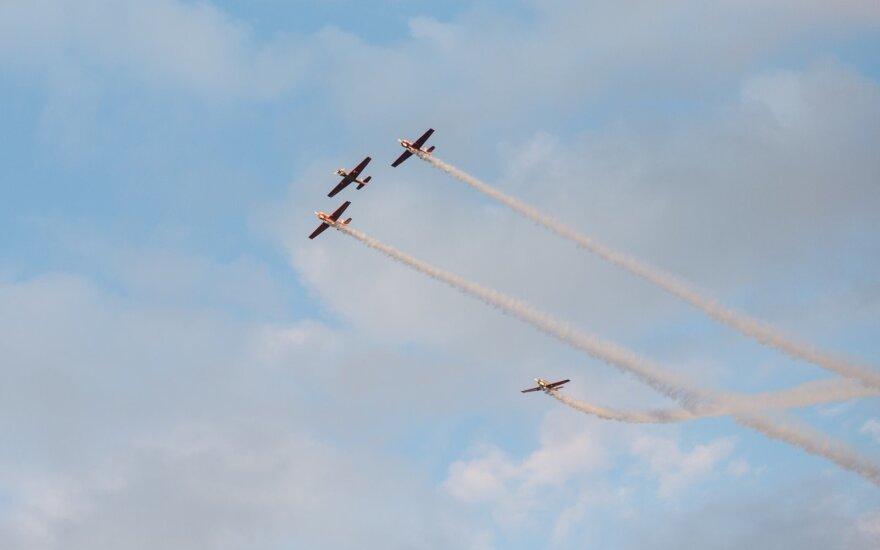 Du lėktuvai susidūrė danguje virš Kanados