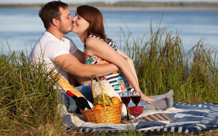 Meilė dvigubai jaunesniam vyrui: bandžiau tvardytis, bet aistra mus nugalėjo