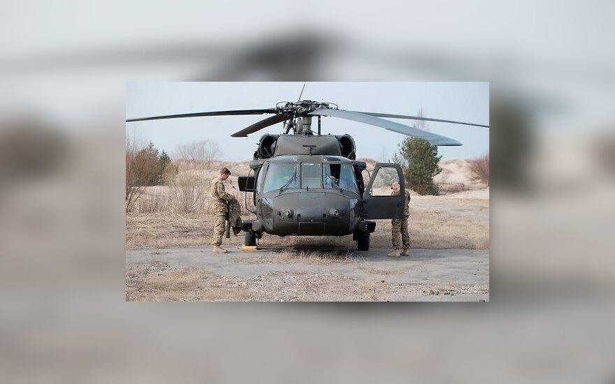 Nausėda su Trumpu aptarė karinės technikos iš JAV įsigijimą