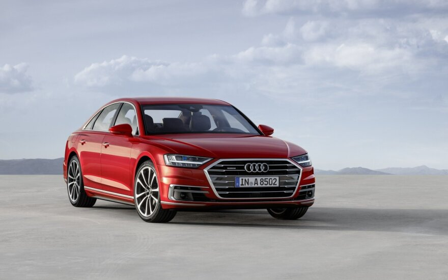 "Ketvirtosios kartos ""Audi A8"""