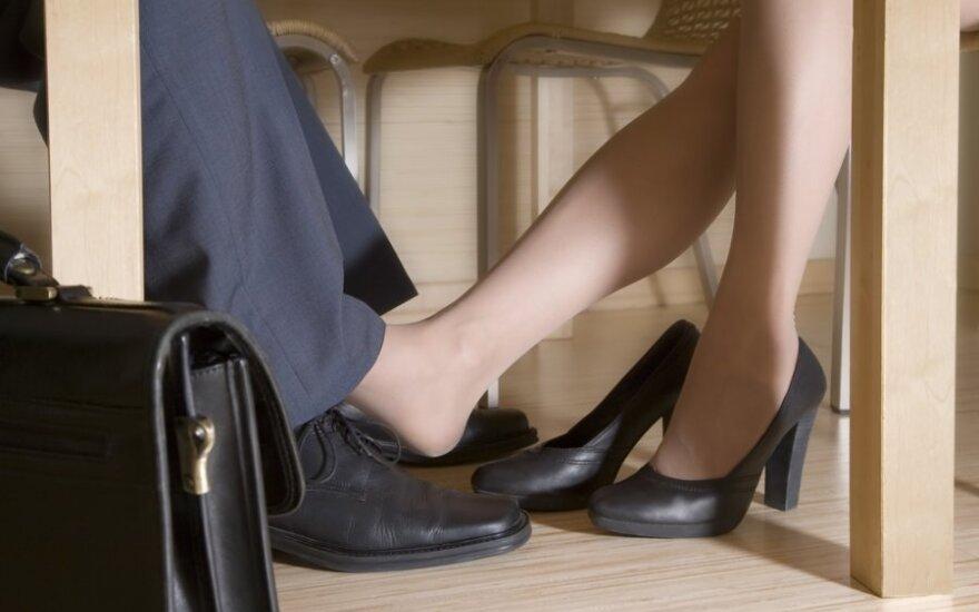 Susirašinėjimas dėl darbo: ar jūs esate laisvų pažiūrų moteris?