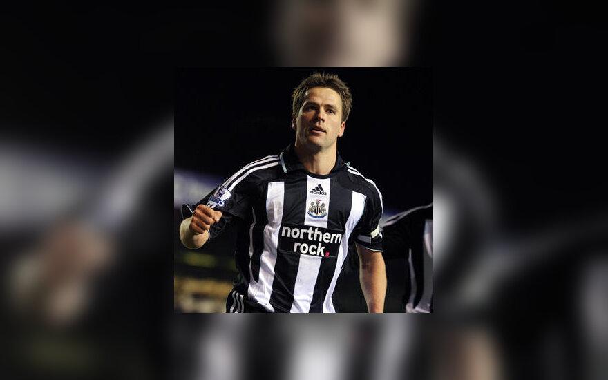 "Michaelas Owenas (""Newcastle"")"