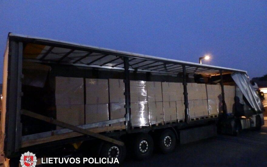 Marijampolės pareigūnai sulaikė kontrabandinių cigarečių už daugiau kaip milijoną eurų