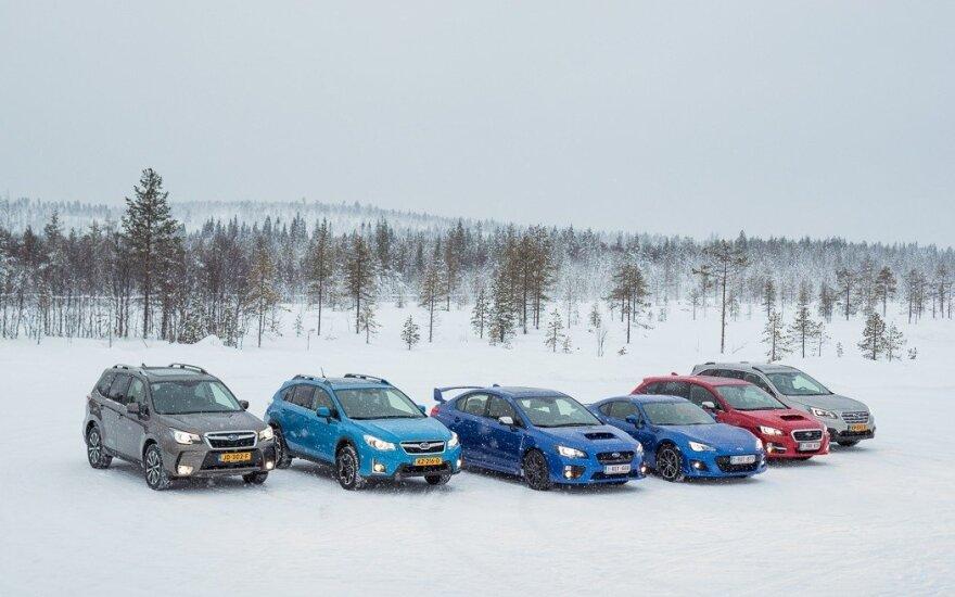 """""""Subaru"""" žurnalistus supažindino su gamintojo naujienomis"""