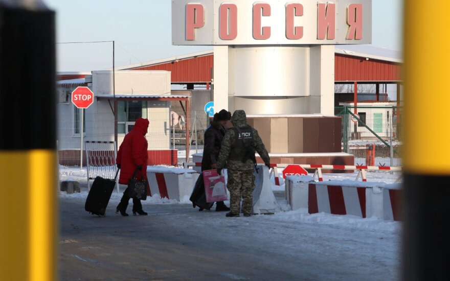 Užsidaro ir Rusija: draus į šalį atvykti užsieniečiams