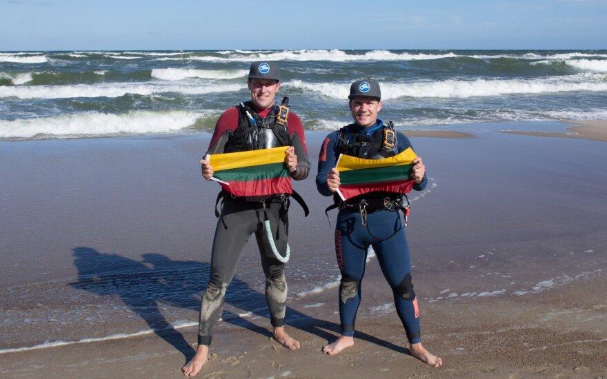 Lietuvos 100-mečio proga – Baltijos jūra perplaukta jėgos aitvarais
