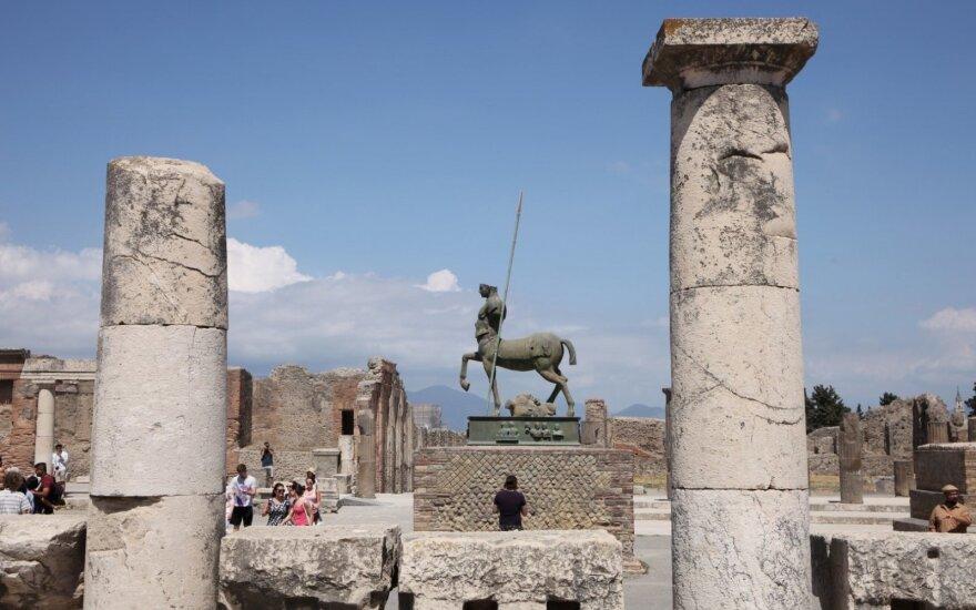 Gamta prieš žmogų: kodėl italai nebijo gyventi greta veikiančio Vezuvijaus