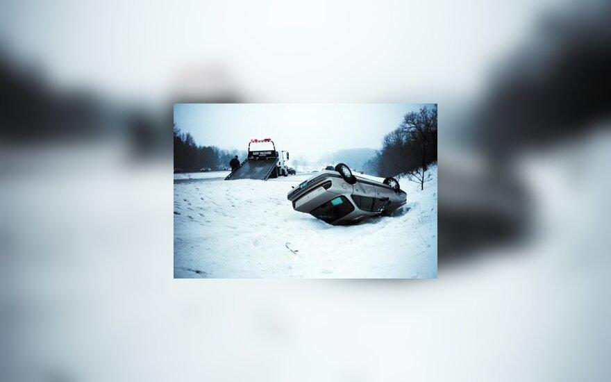Savaitė šalies keliuose: 36 eismo įvykiai, 1 žmogus žuvo, 48 sužeisti