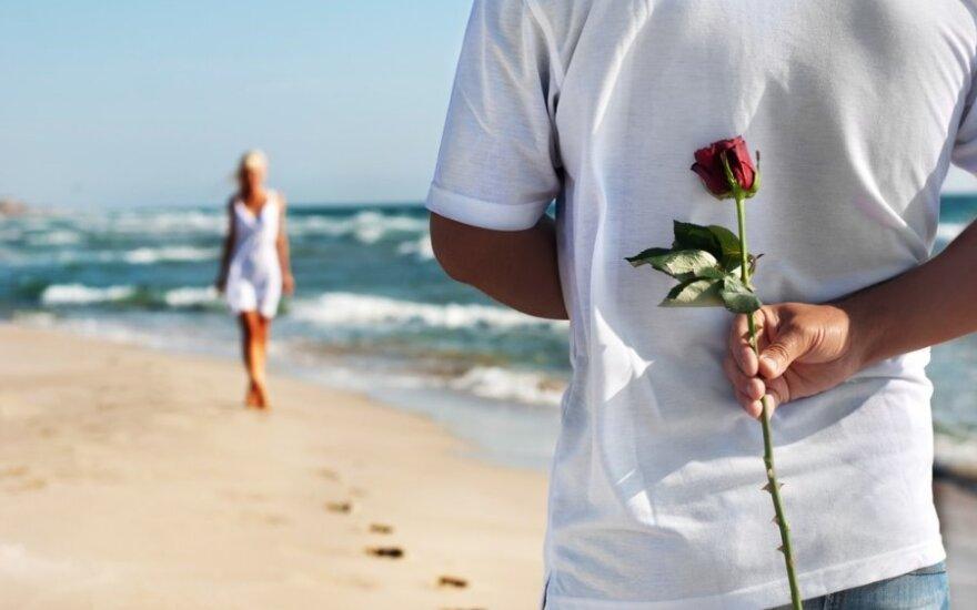 Tikra meilė: kol ne kartu, viduje tiesiog dusina noras greičiau susitikti