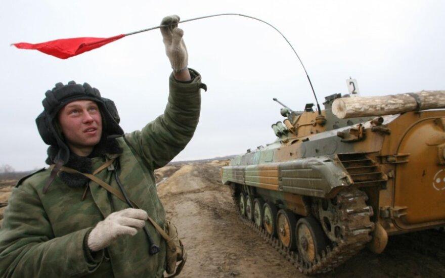Rusijos pasieniečiai viliojami kariauti Ukrainoje – siūlomas įspūdingas atlyginimas