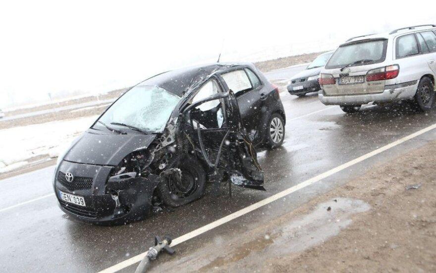 Per savaitę keliuose žuvo 5 žmonės
