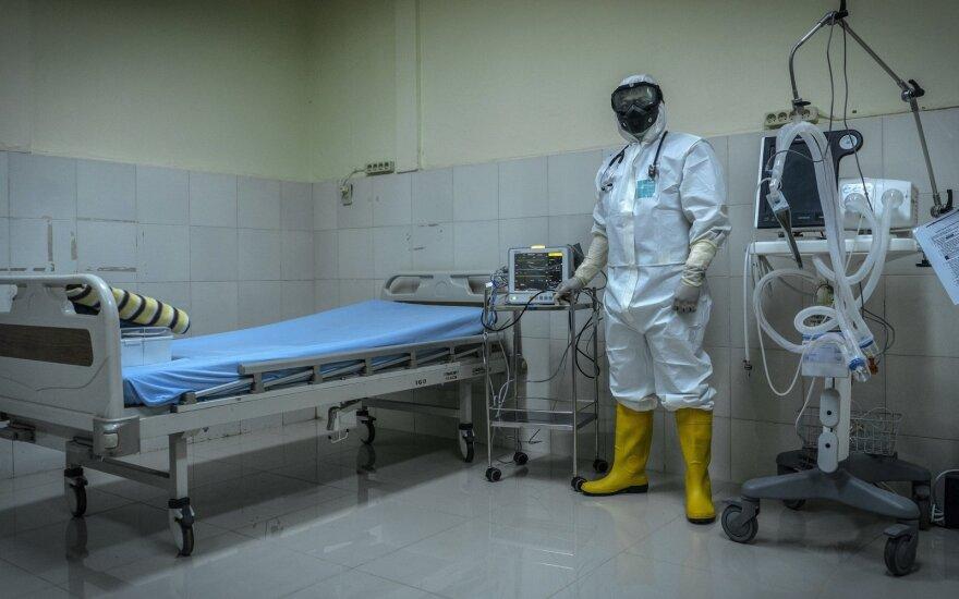 Situacija verčiasi aukštyn kojom: Kinija imasi naujų priemonių, kad koronavirusas negrįžtų