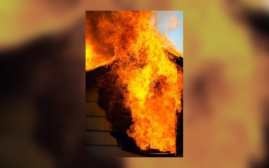 Šiauliuose gaisre žuvo motina su dukra