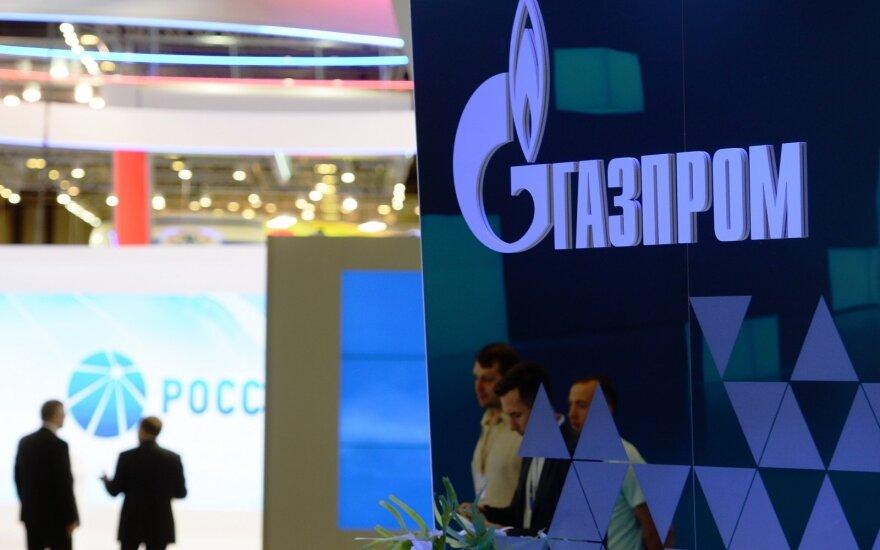"""""""Gazprom"""" pirmąkart per du dešimtmečius patyrė nuostolį"""