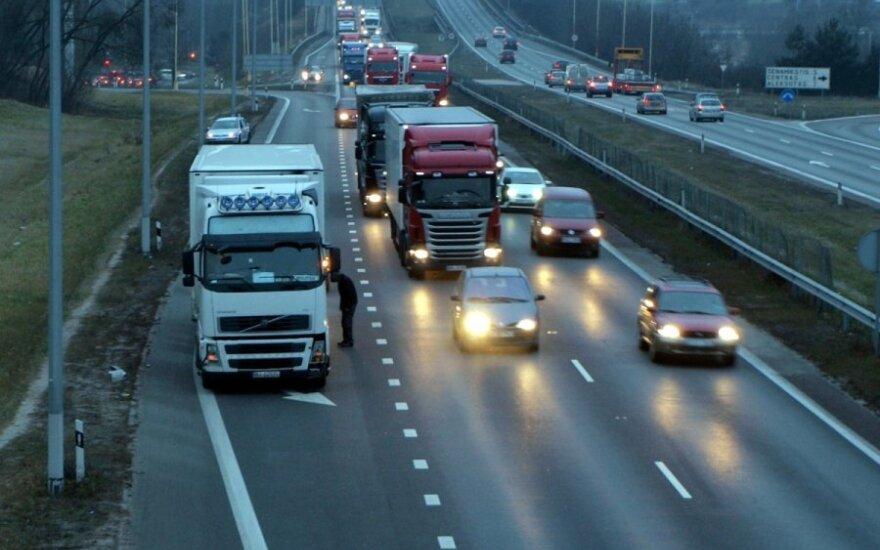 Kodėl magistralėje važiuojame iki 130 km/h, jei galėtume 150 km/h?