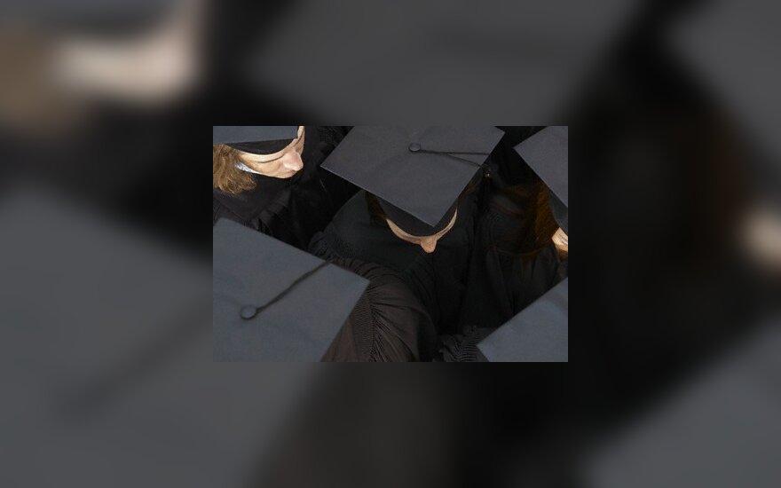 Abiturientai, gavę valstybės finansavimą studijoms, paaiškės liepos pabaigoje