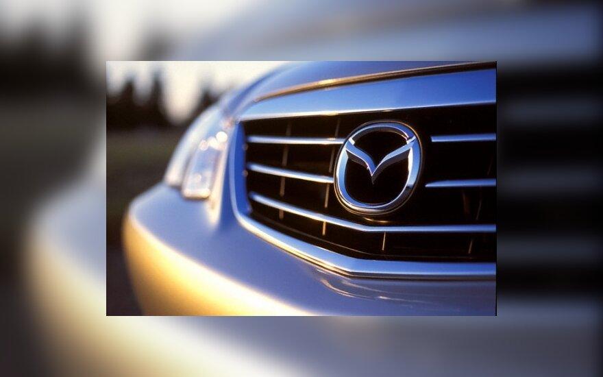 """""""Mazda"""" investuos į hibridines technologijas"""
