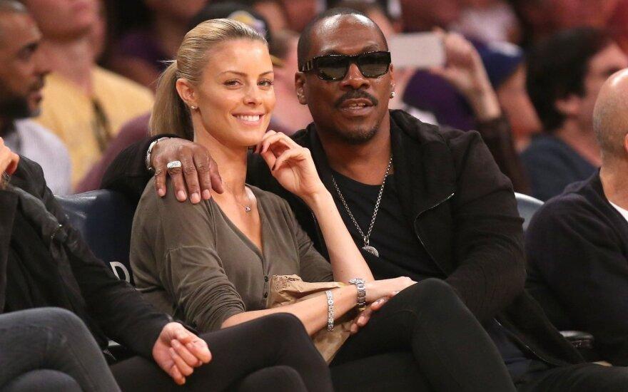 Paige Butcher ir Eddie Murphy rungtynėse Los Andžele