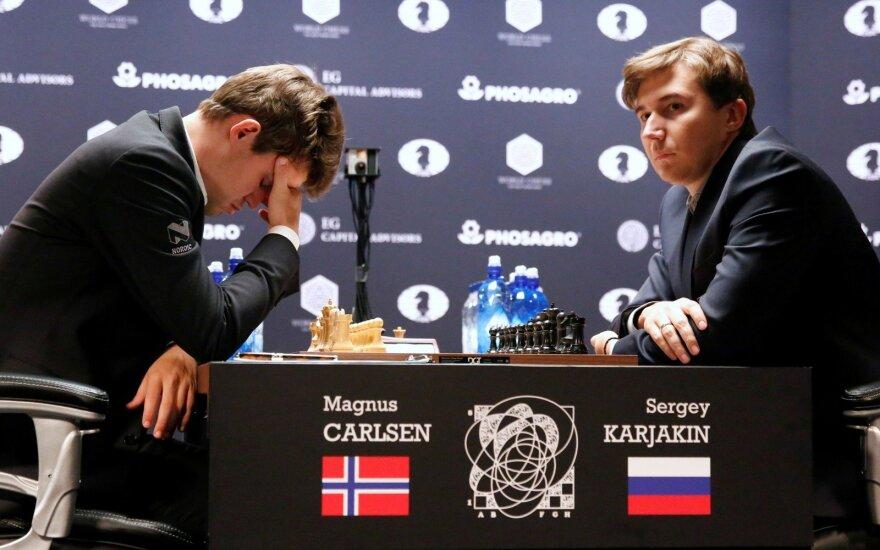Magnusas Carlsenas, Sergejus Kariakinas