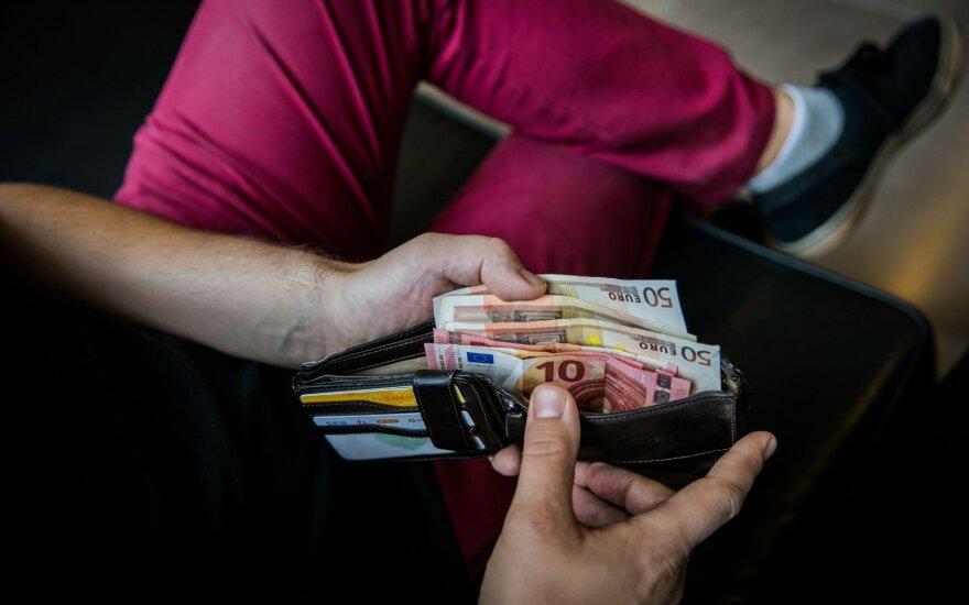 V. Šapoka: valstybė pasiruošusi minimalią algą padidinti iki 400 eurų