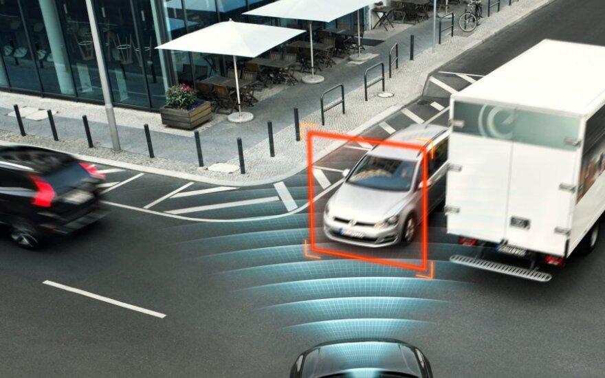 """""""Volvo XC90"""" pelnė visų laikų geriausią saugumo įvertinimą"""