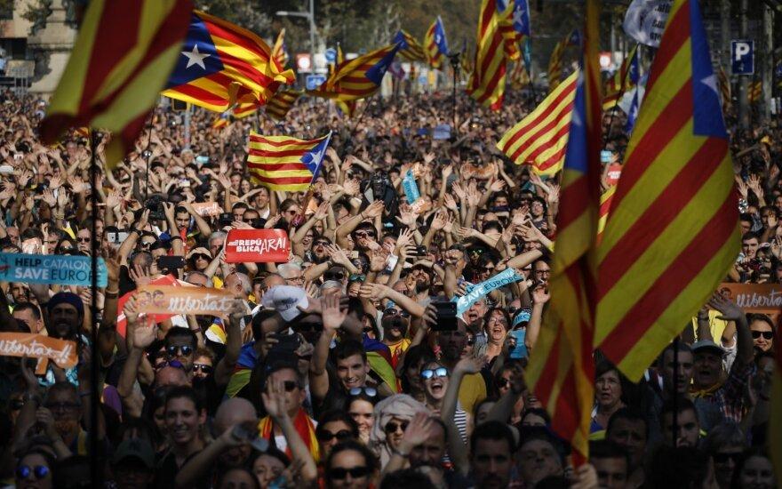 Ispanija teis 13 katalonų separatistų už maištą