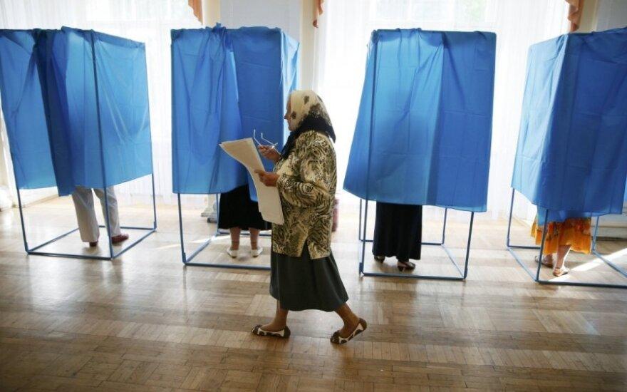 Luhansko srityje separatistai grasina nubraukti gyventojams pensijas, jeigu jie balsuos rinkimuose