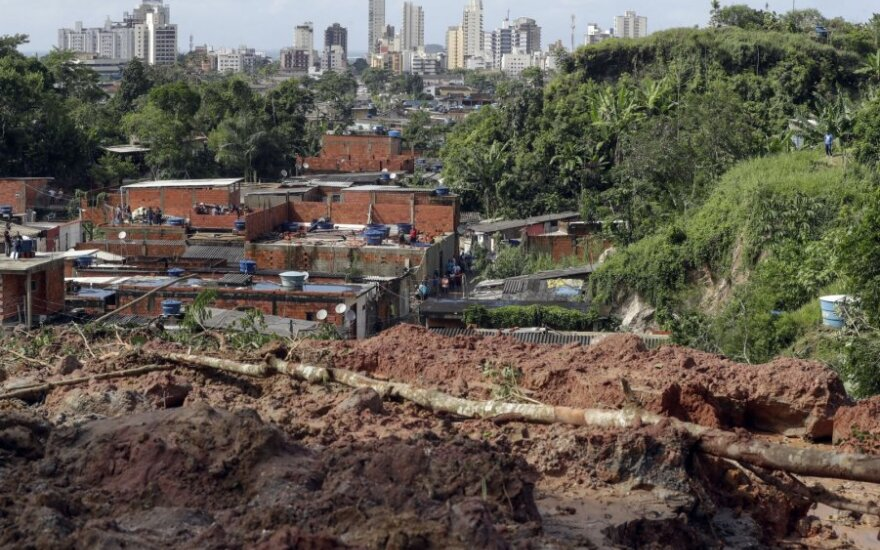 Braziliją siaubiant smarkioms liūtims žuvo 21 žmogus