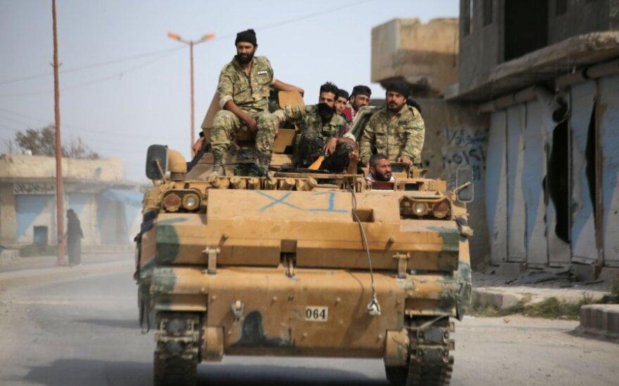 Turkijos remiami sirų kovotojai
