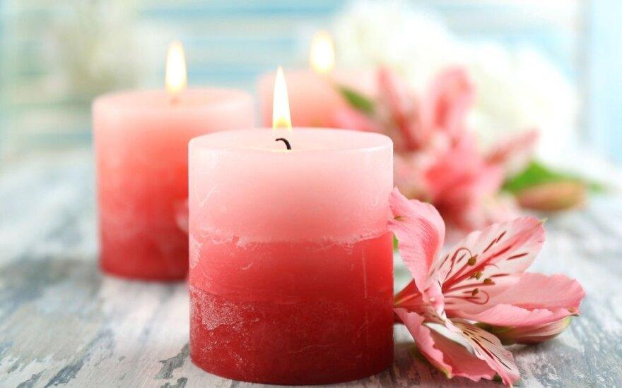 Renkamės dekoratyvines ir kapų žvakes: 6 praktiški patarimai