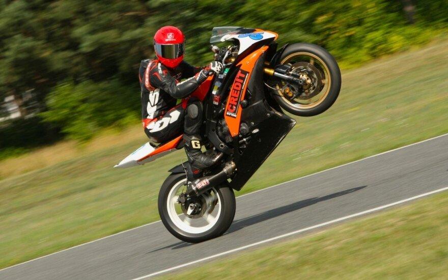 Plento žiedo motociklininkai lenktynių sezoną uždarys sekmadienį (L. Markevičiūtės nuotr.)