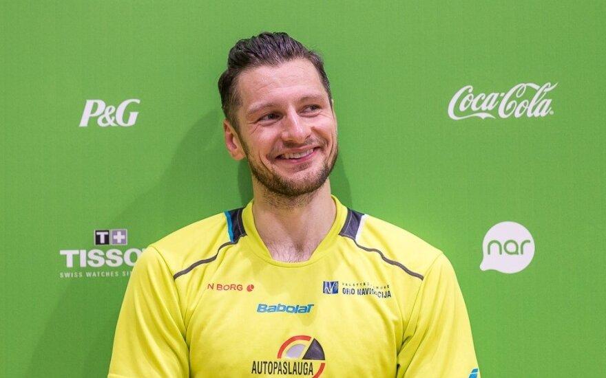K. Navickas – atvirųjų Suomijos badmintono pirmenybių vienetų varžybų pusfinalyje