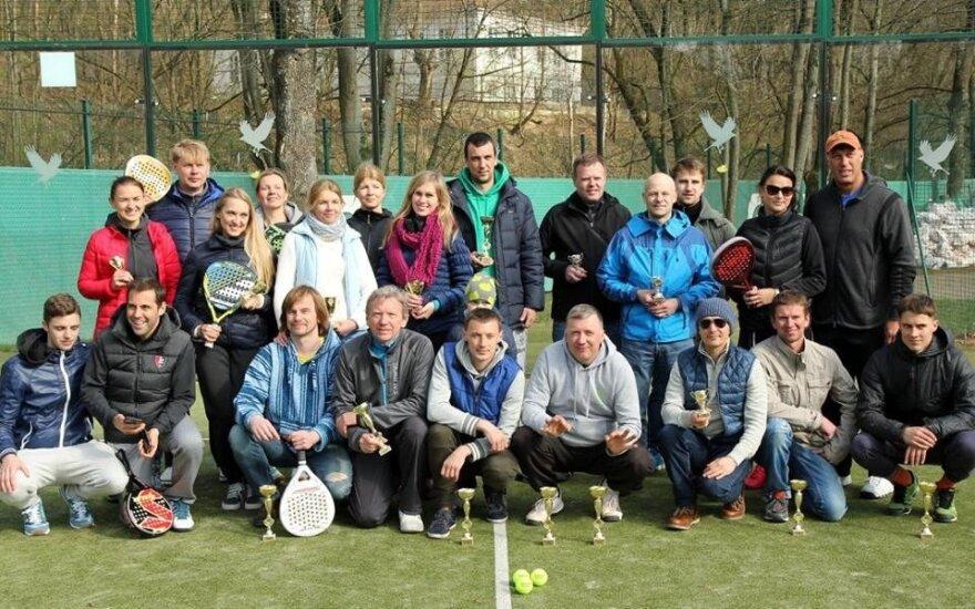 Padelio teniso mėgėjai atidarė vasaros sezoną (G. Šarkovo nuotr.)