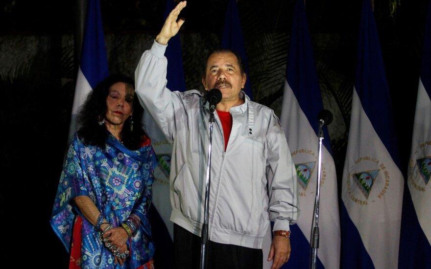 Nikaragvos prezidentas D. Ortega perrinktas trečiai kadencijai iš eilės