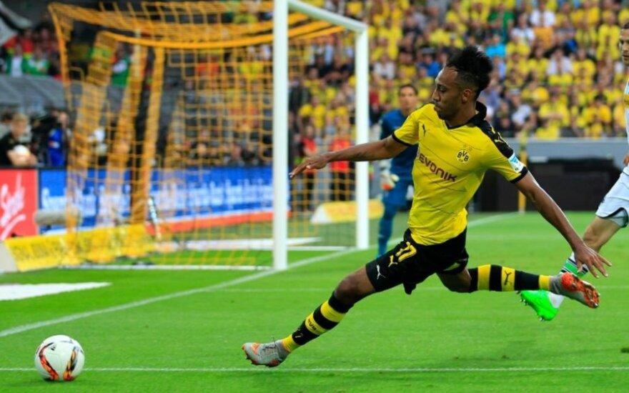 """UEFA Europos lygos atranka: net 0:3 atsilikusi """"Borussia"""" vis tiek išplėšė pergalę"""