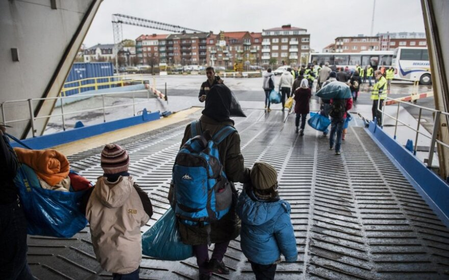 Lithuanians not welcoming to refugees, poll shows