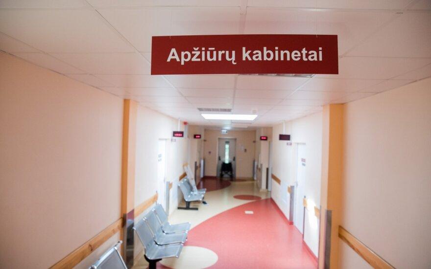 Marijampolėje skubios medikų pagalbos prireikė dviem vyrams: neblaivus įtariamasis sulaikytas