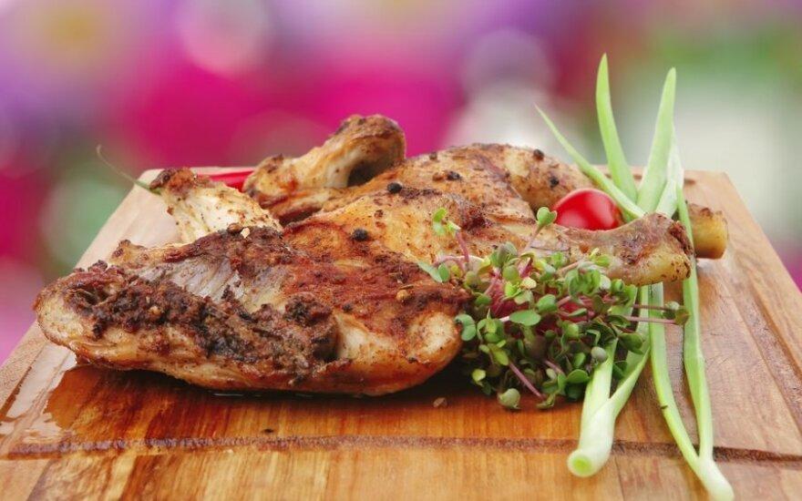 Paskutinė šios vasaros vakarienė: kaip tobulai paruošti ant grotelių keptą mėsą