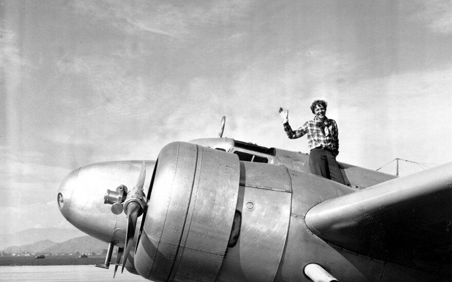 Kur dingo legendinė pilotė A. Earhart: iškelta dar viena netikėta teorija