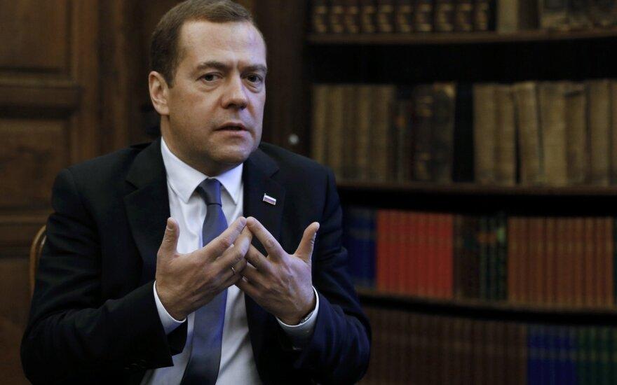 Medvedevas svaidosi grasinimais: jei Sakartvelas taps NATO nare, gresia siaubingas konfliktas