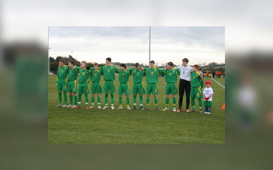 Jaunieji Lietuvos futbolininkai turnyrą Airijoje baigė pergale prieš latvius