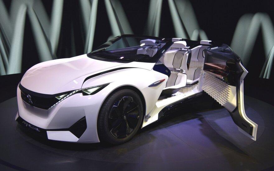"""2015 m. įspūdingus koncepcinius modelius Frankfurte pristačiusi """"Peugeot"""" šį kartą nedalyvaus"""